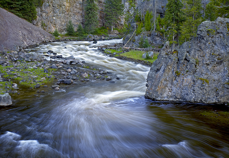 FIREHOLE RIVER CANYON