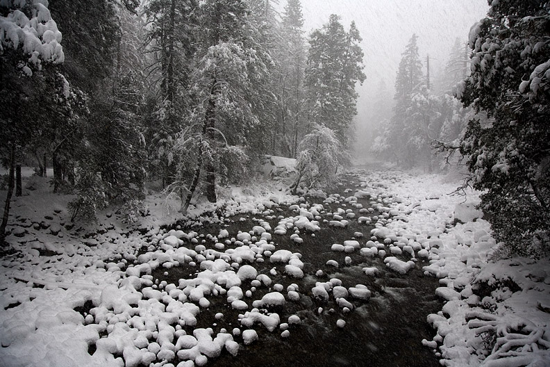 SNOWY MERCED RIVER