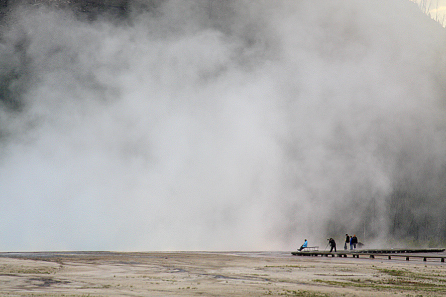 STEAM AND TOURISTS AT MIDWAY GEYSER BASIN