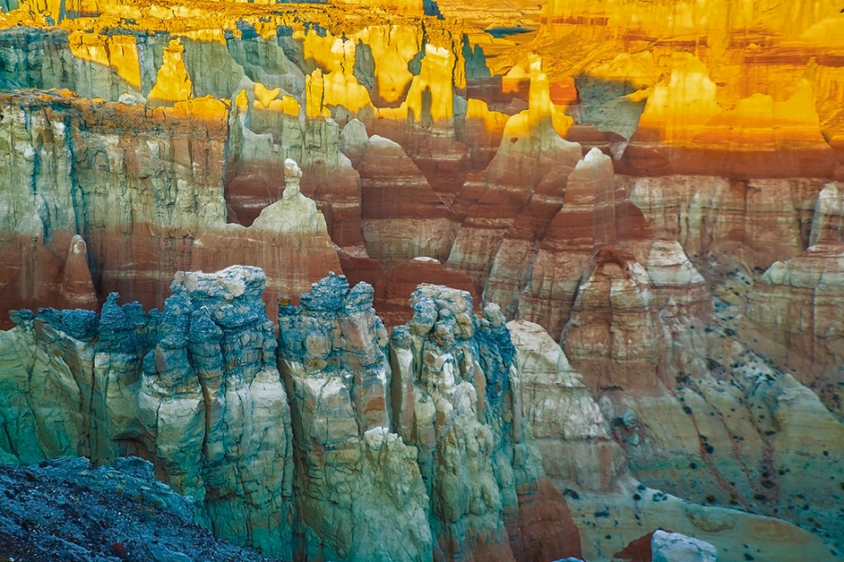 Colorful Coalmine Canyon