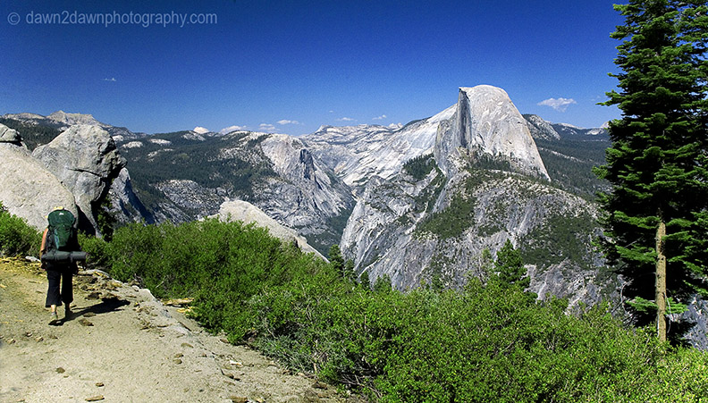 PANORAMA TRAIL VIEW OF HALF DOME
