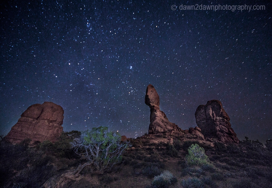 Arches Balanced Rock Night