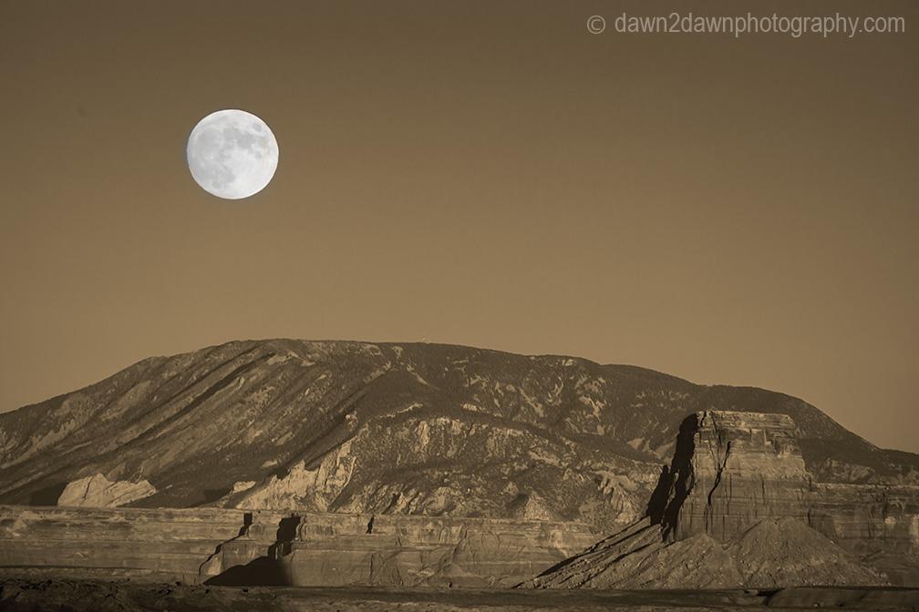 Lake Powell Moonrise