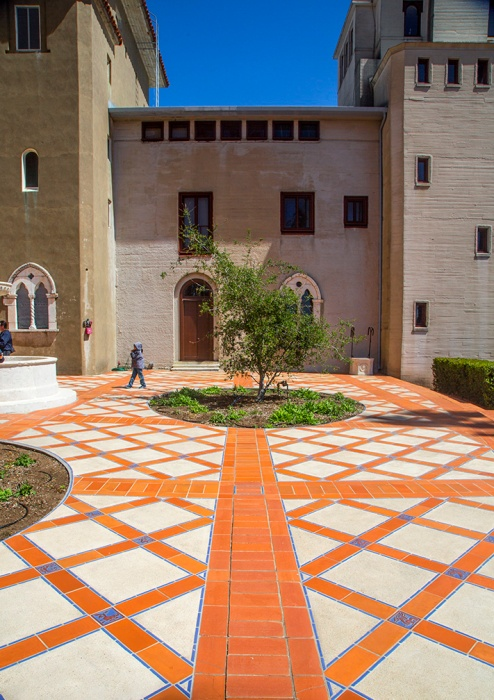 Hearst Patio_9095