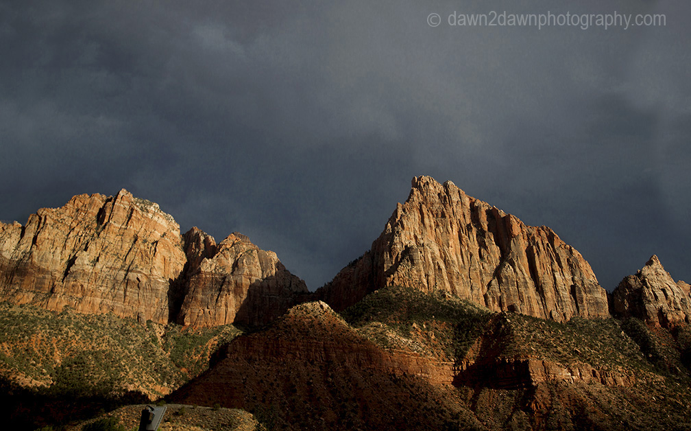The sun set on The Watchman at Zion National Park, Utah